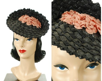"Vintage 1940s Hat - Gorgeous ""Replica of Agnes Paris"" Fantastic Navy Straw 40s Tilt Hat with Inverted Crown Filled with Rose Pink Flowers"