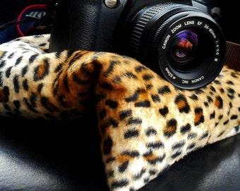 Medium camera bean bag prop for photography; adjustable photo tripod beannie for iphone, ipad, gps, etc