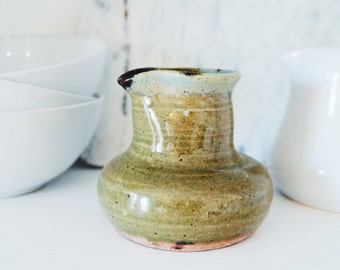 Vintage Studio Stoneware Pottery Gravy Bowl