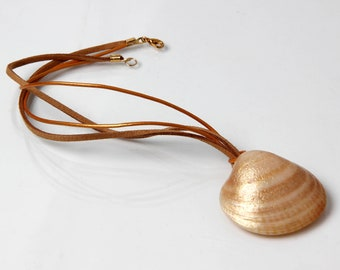 Sea shell necklace Ocean lover gift Ocean inspired jewelry Beach lover gift Fashion Seashell necklace Shell jewelry for women Seesell choker