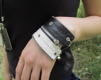 Hand-made leather bracelet with zippers in black&white