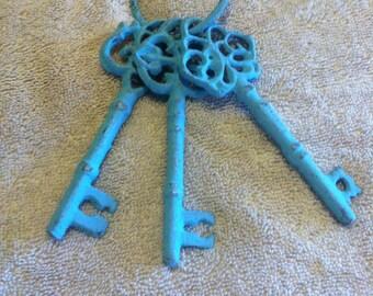 Antique skeleton keys, distressed finish