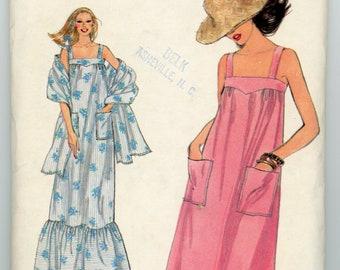 Vintage Vogue Sewing Pattern - 7079 ca.1978