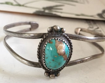 SB9 925 Sterling silver Navajo   turquoise cuff  beads strech bracelet.