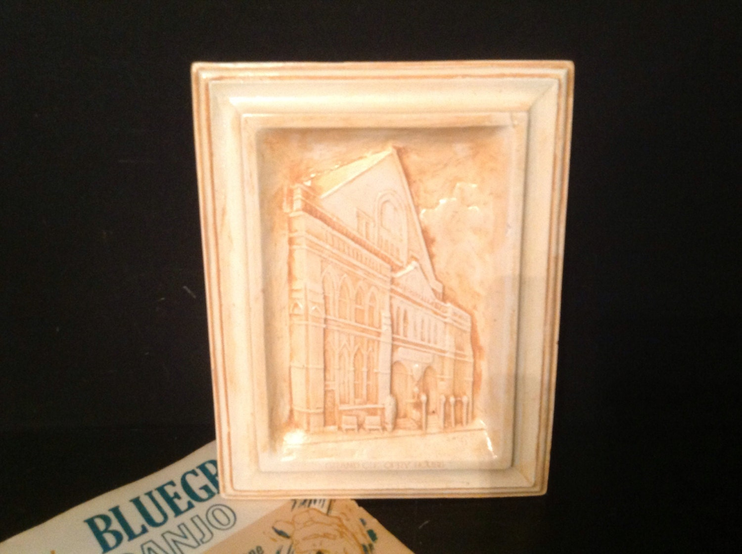vintage plaster wall hanging plaque souvenir Grand Ole Opry House ...