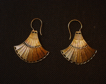 Exotic Indian - Arabic - Golden ear jewellery