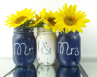 Mr. and Mrs. Mason Jar Vase Set, Wedding Centerpiece, Rustic Home Decor, Hand Painted Mason Jars, Distressed, Wedding Decor