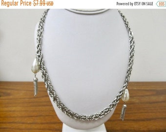 On Sale Vintage Faux Pearl Tassel Necklace Item K # 1745