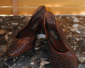 "Shoes braided leather of the brand ""Smalto"""