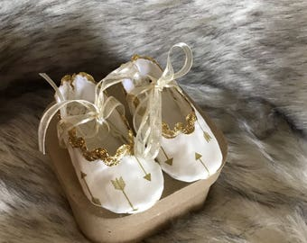 White/ gold arrows baby girl crib shoes/booties