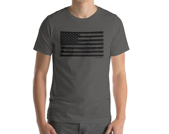 Vintage American Flag T Shirt with Distressed Wood Design
