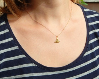 Gold ginkgo vermeil necklace, tree leaf necklace, Ginkgo Biloba leaf necklace, gold necklace, gold charm, gift necklace, simple necklace 089