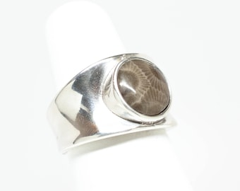 12mm Petoskey Stone Round Sterling Silver Ring - Size 6