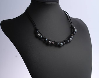 black pearl necklace, freshwater pearl jewelry, pearl leather necklace, leather necklace, leather pearl necklace, black pearl choker, gift