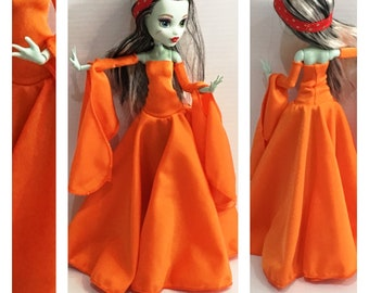 Goth Dress, Armbands made to fit Articulated Monster High Dolls - Handmade Doll Clothes