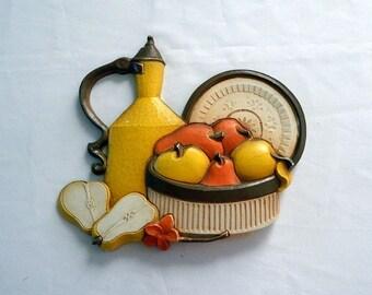 Homco Fruit Wall Plaque - Syroco Inc - 1981
