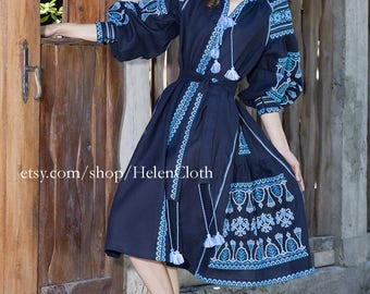 Beautiful dark blue ethnic dress, 100% linen. Free SHIPPING. Boho embroidered dress. Vyshyvanka. Ukrainian national clothing, Mexican dress