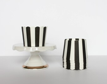 Black and White Stripe Treat Cups / Black and White Treat Cups / Treat Cups / Baking Cups / Black and White / Striped Treat Cups / Halloween