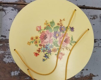Vintage Yellow Wicker Sewing Box/Bright/Colorful Flower Decals/Free Shipping/1950's Sewing Container/Sewing Storage/Useful for Seamstress