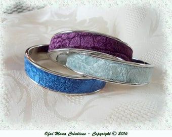 Slave bracelet in faux crocodile or rhino skin velour