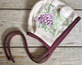 18-24 Month/2T Bonnet, Purple Baby Bonnet, Grapes, Vintage Embroidery Bonnet, Baby Easter Bonnet, Reversible Bonnet, Baby Hat, Infant Bonnet