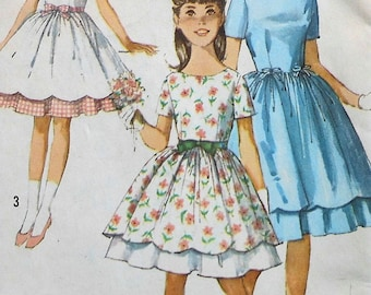 Vintage Girls Dress Sewing Pattern UNCUT Size 10 Simplicity 5292