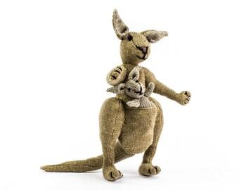 KNITTING PATTERN, Kangaroo Knitting Pattern, Toy Knitting Pattern, Australian Kangaroo, Wildlife Toy, Knitted Softies Pattern, Knit Animal