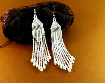 Statement Jewelry White beaded earrings White earrings White jewelry Wedding earrings Bridal earrings Fashion earrings White wedding White