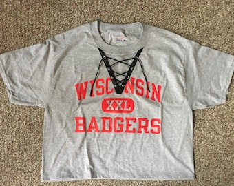 Wisconsin Badgers lace-up tshirt
