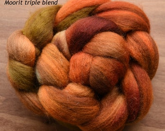 Hand dyed combed tops (roving)  for felting and spinning - 100gr Orange Enigma on multi bases