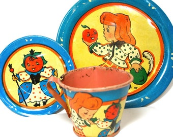 SCARCE 1940's tin toy tea set with Apple Queen litho by Ohio Art Co.