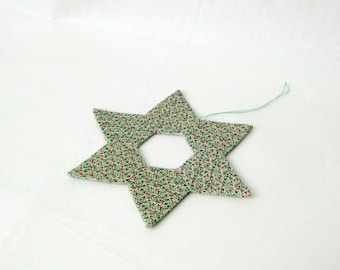 Star handmade ornament minimalistic green Christmas