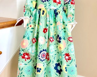 Light Green Girls Floral Dress Size 6