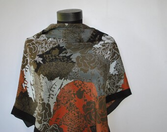 Vintage DANIELA ROSSI ROMA printed silk scarf , ......(195)