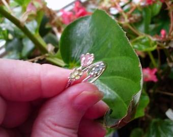 Ring kleinen rohen Turmalin Stapler - fertig zum Mail - Pink Größe 5,25 oder grün Größe 9 oder blau Größe 4,5 nur eine von jedem--Recycling solide SIL