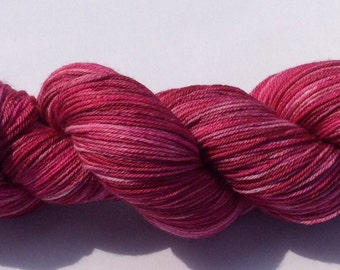Berry Crush - hand dyed yarn 3.5 oz 437 yds