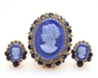 Juliana Cameo Pin Earrings, Verified Juliana Brooch Clip Earrings, DeLizza Elster Book Piece Juliana Blue Glass Cameo D&E Rhinestone Vintage