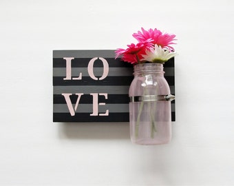 Love Pallet Sign, Beautiful Black and Grey Pallet Sign with Pink Vase, Personalized Sign, Rustic Home Decor