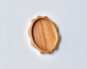 Original design fine finished hardwood bezel setting - Hardwood - 30 x 40 mm Cavity - (D31)