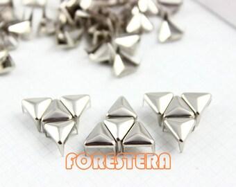 50Pcs 8mm Silver Triangle Studs Metal Studs (ST08)