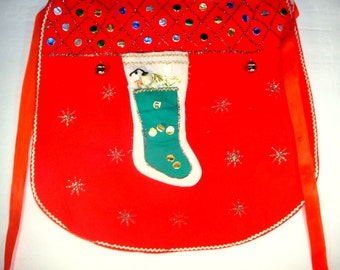 Vintage Felt Christmas Apron, Holiday Hostess Apron, Red, Novelty, Spun Cotton Head, Made In Japan, Rick Rack Trim, Retro  (673-13)