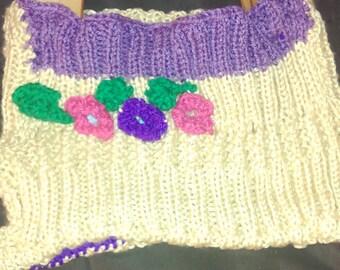 Knitted girls purse