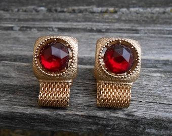 Vintage Red Stone Cufflinks. Gift For Groom, Groomsmen, Dad, Wedding, Anniversary, Birthday, Christmas, Father's Day.