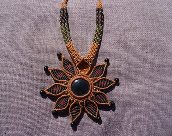 Onyx macrame Flower necklace