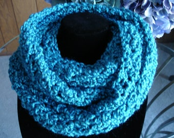 Blue Teal Cowl Scarf, Infinity Scarf, Crocheted Scarf, Winter Scarf