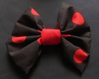 Large giant hair bow Vintage 60 70 fabric handmade item recycled fabric retro red black spot Minnie Mouse unique USA Barrette Hair accessory