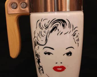 Ello - Marilyn