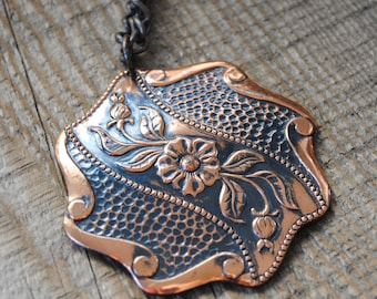 SALE~1960s Copper Necklace Oversized Pendant Floral Shield Gorgeous Condition