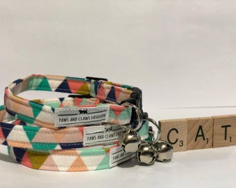 Cat Collar - Breakaway buckle with Bell - pastel triangles - FREE SHIPPING