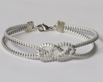 E-1826 Upcycled Zipper bracelet